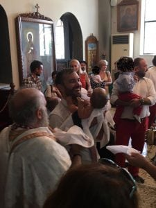 Αγκαλιά με το Νονο - Αγιοι Ισίδωροι Λυκαβηττού