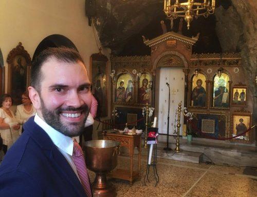 Πρώτη φορά νονός…ή αλλιώς…τρελός παπάς σε βάφτισε…