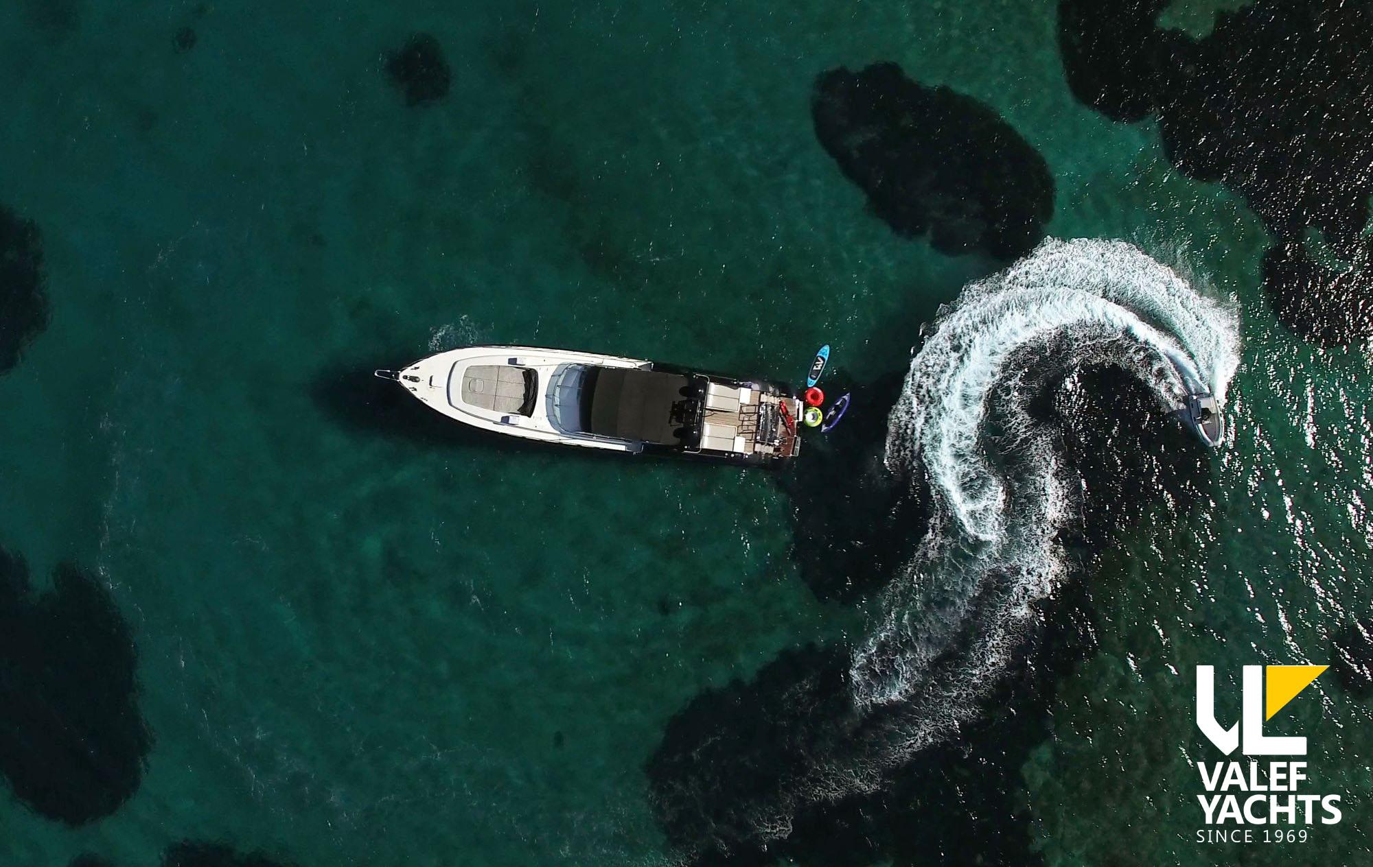 Valef Yachts - Turn On
